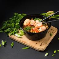 Жареный рис с креветкой Фото