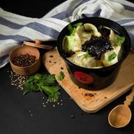 Пельмени с бульоном (баранина+кинза) Фото