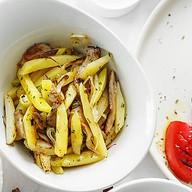 Жареный картофель с вешенками Фото