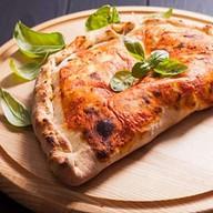Кальцоне пицца (закрытая) Фото