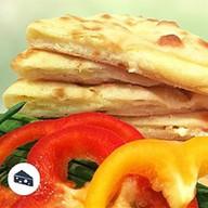 Осетинский пирог с осетинским сыр Фото