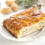 Пирог с курой, картофелем и луком Фото