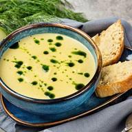 Крем-суп из цукини с крутонами Фото