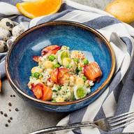 Оливье с лососем слабой соли Фото