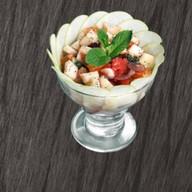 Фруктовый салат с мартини Бьянко Фото