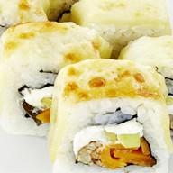 Теплый ролл с четырьмя видами сыра,угрем Фото