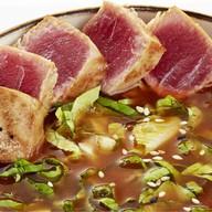 Рыбный суп с нежным тунцом и грибами Фото