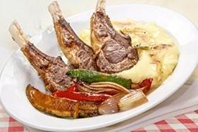 Каре барашка с овощами,картофельным пюре - Фото