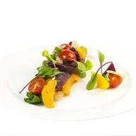 Фьюжн салат с апельсином Фото