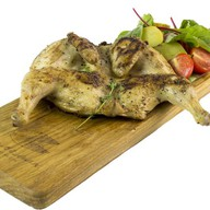 Цыпленок корнишон на гриле Фото
