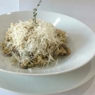 Ризотто с белыми грибами и сыром Фото