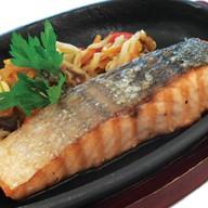 Стейк лосося под соусом террияки Фото