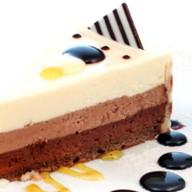 Торт «Три шоколада» Фото