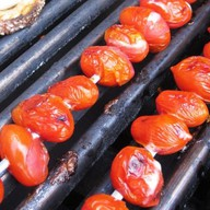 Шашлык из помидора Фото