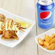 Шашлычки, картофельные дольки, пепси0,33 Фото