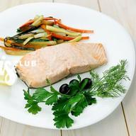 Лосось на пару с овощным гарниром WOK Фото