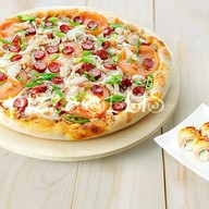 Пицца Сан-Ремо + ролл запеченный Филадел Фото