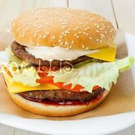 Даблбургер с котлетами из говядины Фото