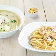 Суп-пюре грибной + паста Карбонара Фото