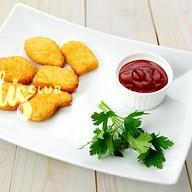 Наггетсы куриные с соусом Фото