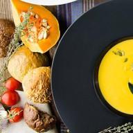 Крем-суп из тыквы с трюфельным маслом Фото