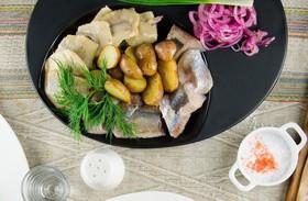 Селедочка с картошкой - Фото