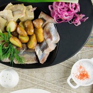 Селедочка с картошкой Фото