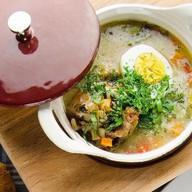 Суп с бычьими хвостами и порто Фото