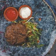 Бифштекс из мраморной говядины Фото