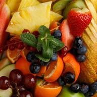 Сезонные фрукты Фото