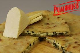 Осетинский пирог с зеленым луком и сыром - Фото