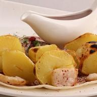 Картофель с курдюком на мангале Фото