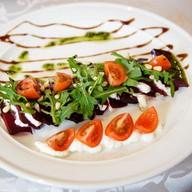 Печеная свекла с фетой, грецкими орехами Фото