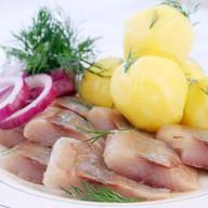 Селедочка с картофелем Фото