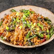 Wok рис с овощами Фото
