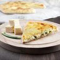 Пирог с сыром и зеленым луком Фото