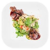 Салат с куриной печенью терияки Фото