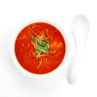 Острый томатный суп с лососем Фото