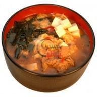 Острый суп с говядиной Фото
