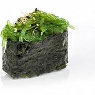 Суши водоросли Фото