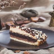 Карамельно-шоколадный тортик Фото