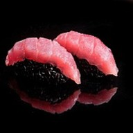 Суши королевский тунец Фото