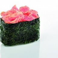 Суши острый тунец Фото