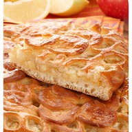 Сладкий пирог с лимоном и яблоком Фото