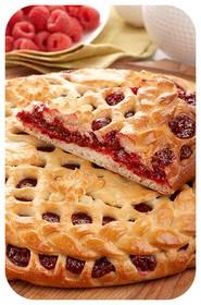 Сладкий пирог с малиной - Фото