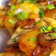 Жареная картошка с грибами Фото