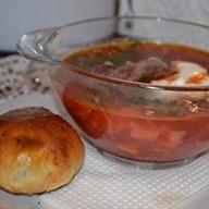 Борщ сибирский со сметаной Фото