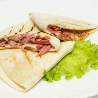 Кесадилья с колбасками Фото