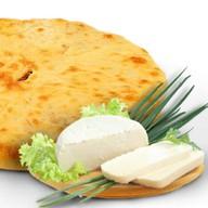 Сыр и зеленый лук Фото