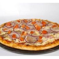 Пицца Мясное ассорти Фото